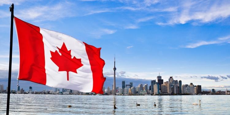 カナダのワーキングホリデーとは